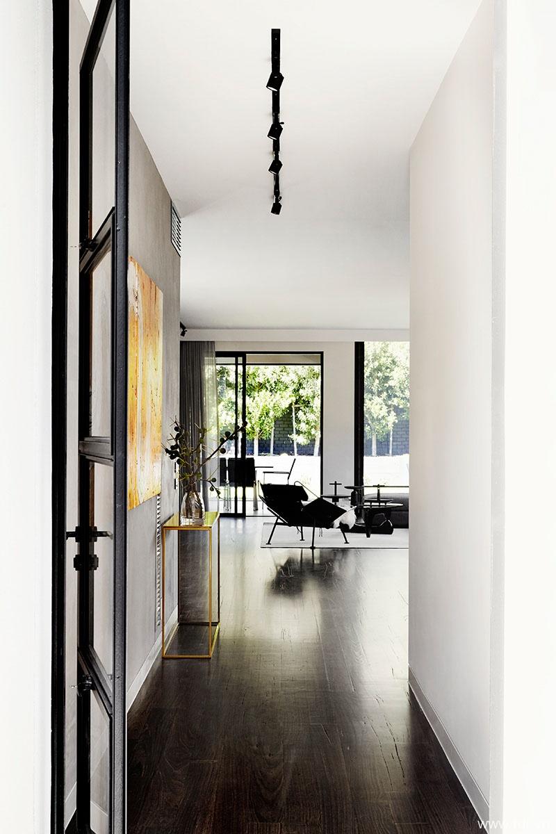 Toorak House living room
