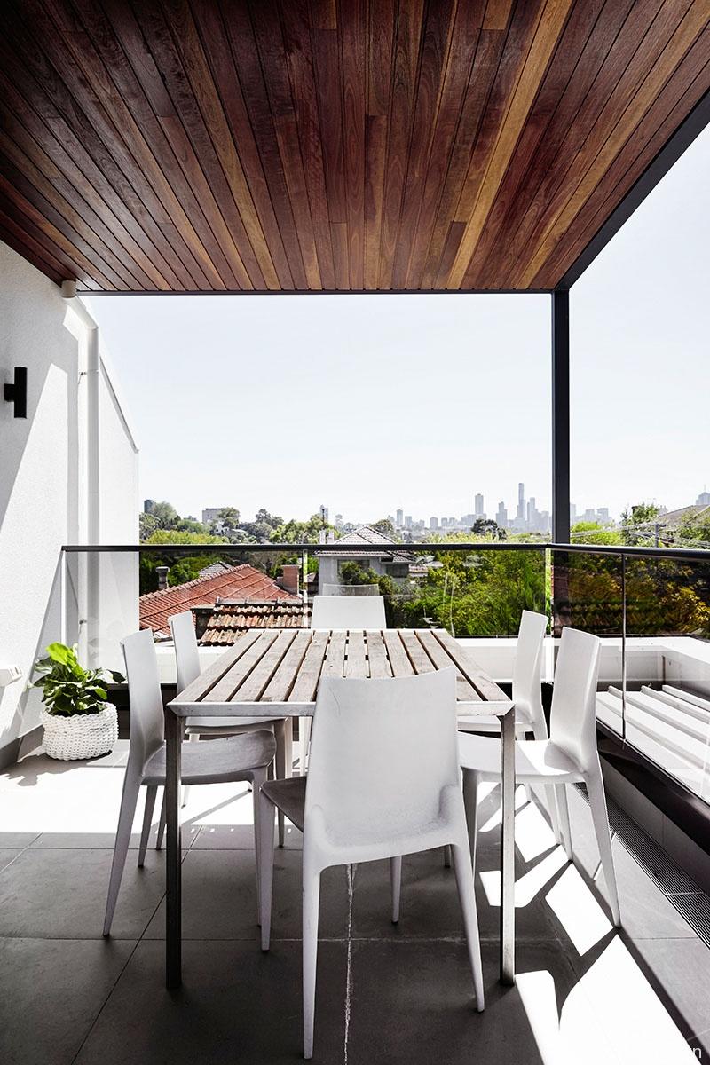 Toorak House roof patio