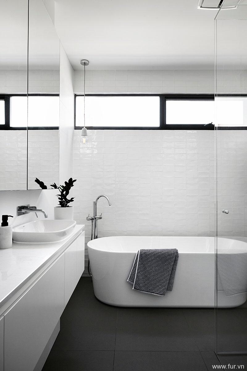 Toorak House black and white bathroom