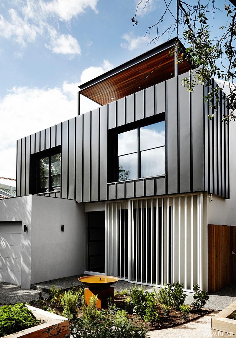 Toorak House facade