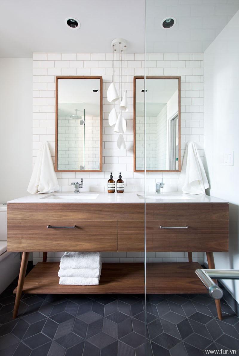Small Sydney Apartment bathroom