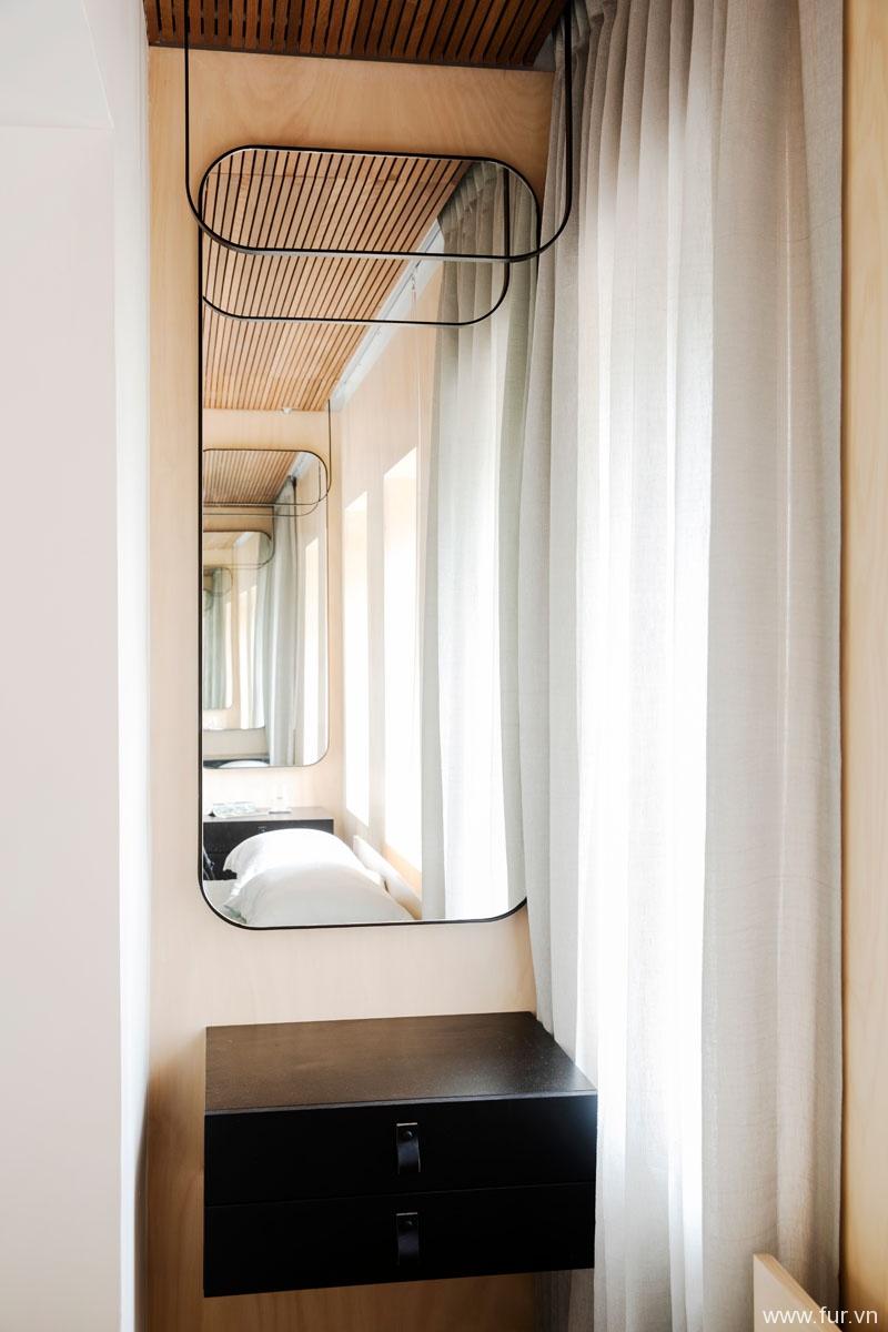 Small Sydney Apartment mirror