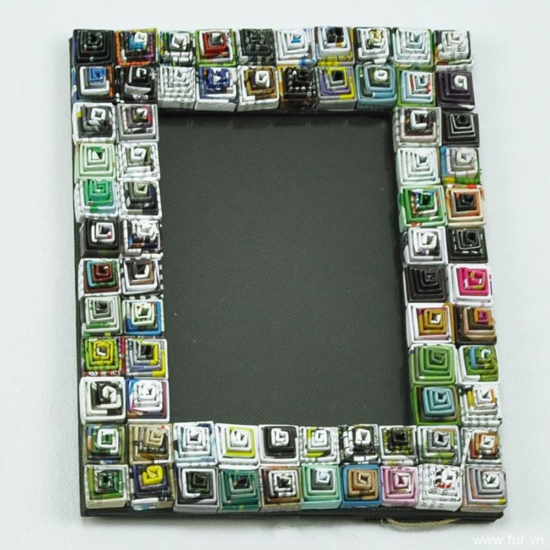 Spiral Recycled Magazine Photo Frame