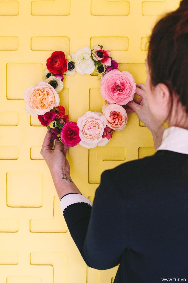 Geometric Floating Flower Wreath DIY