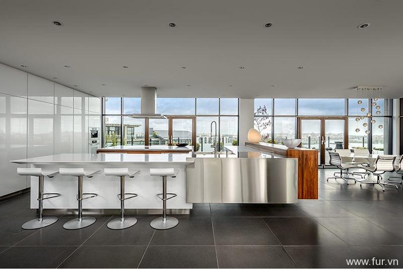 Luxurious Condo-Modern Kitchen